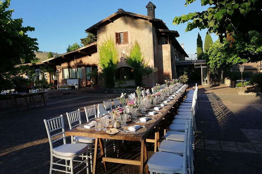 Matrimonio In Epoca Romana : La location ideale per il tuo matrimonio ai castelli romani.